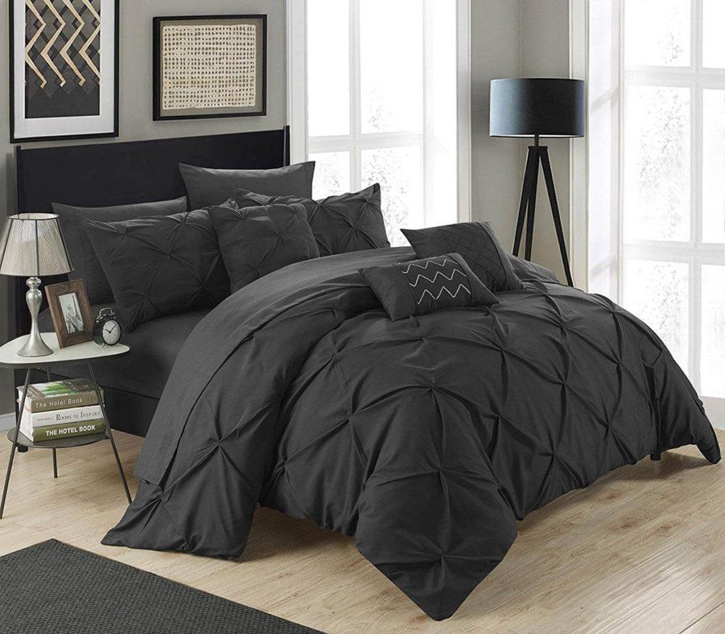 черно белая спальня фото