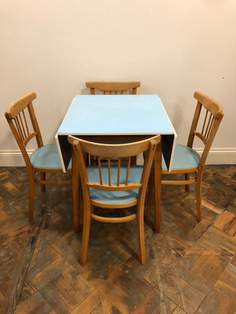 как правильно покрасить стол