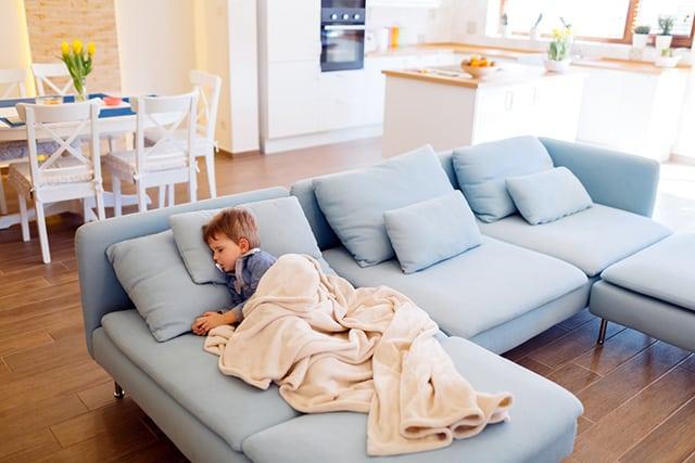 как выбрать правильно диван для ежедневного сна
