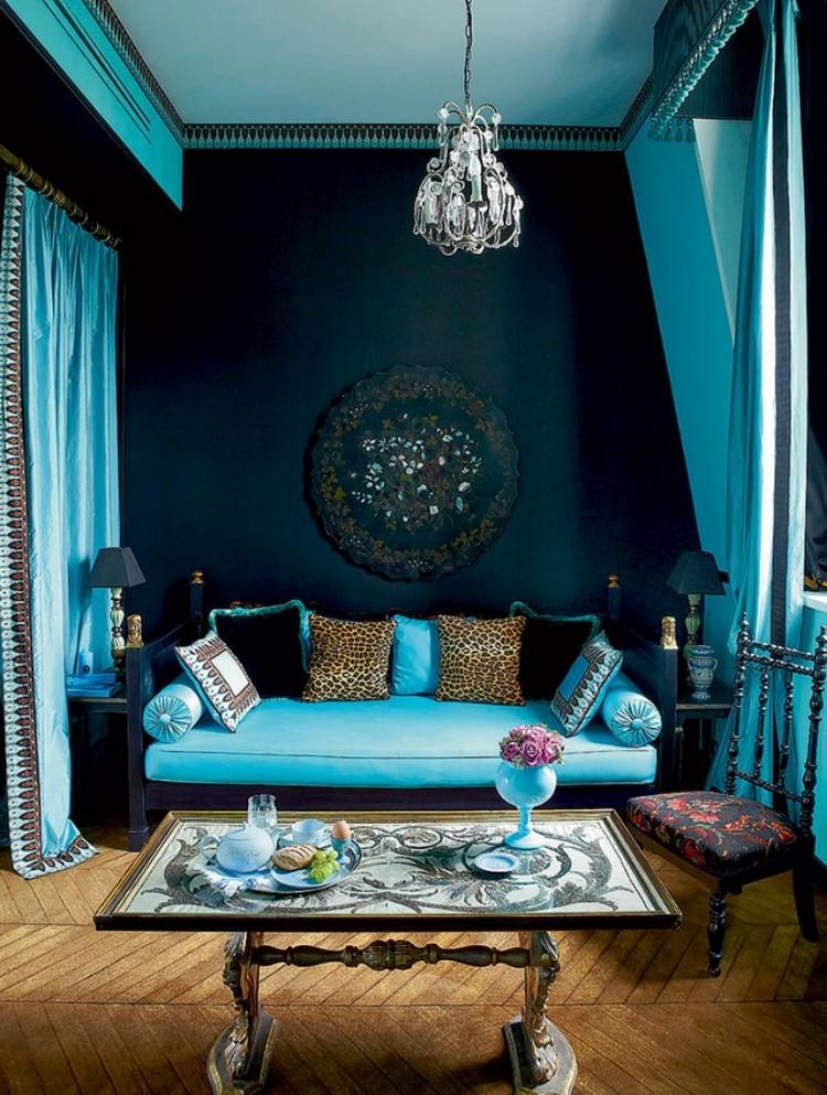 бирюзовый диван