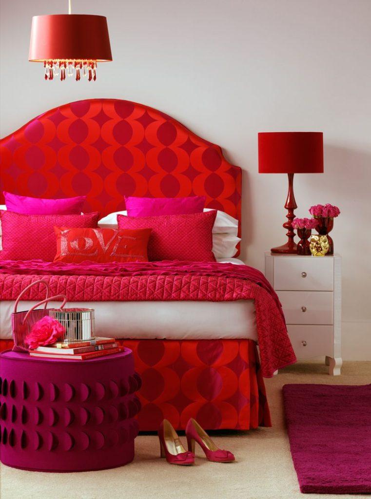 спальня в красном стиле фото