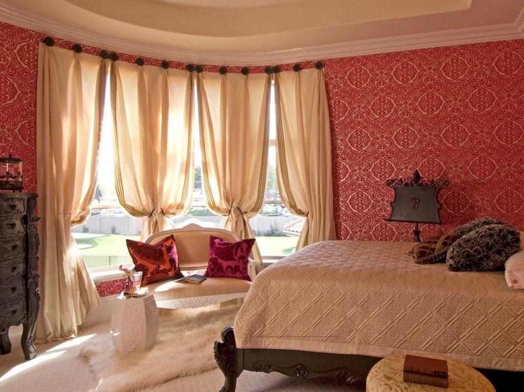сочетание красного в интерьере спальни