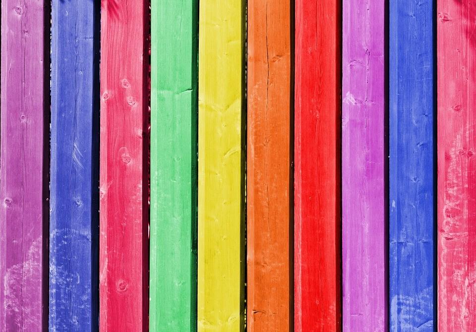 краска для дома из дерева