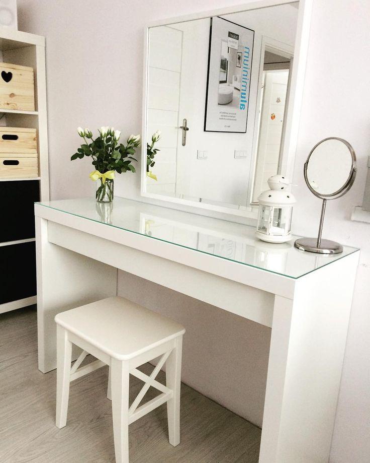 современный туалетный столик