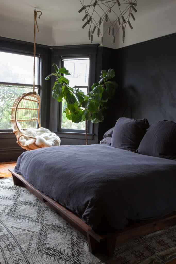 красивые темные спальни