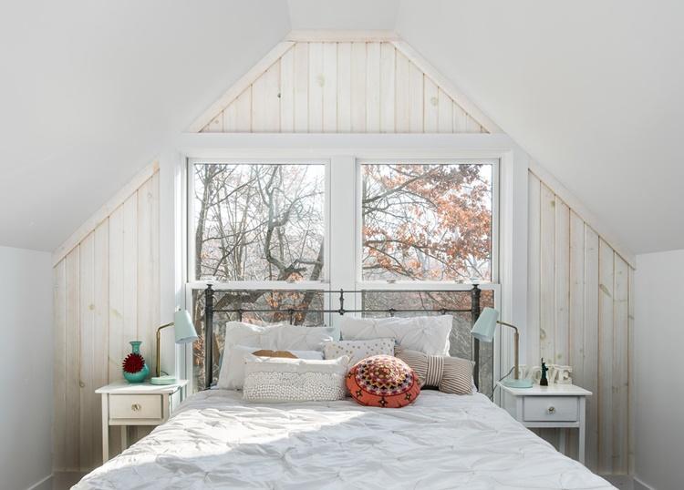 планировка спальни мансарда