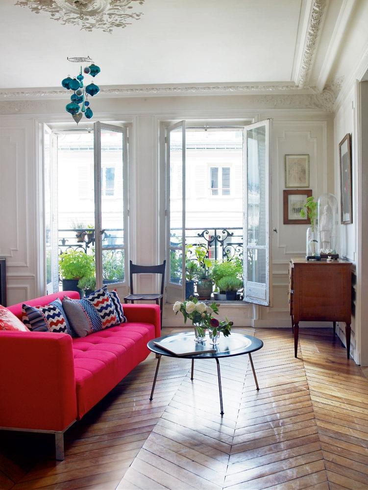 диван розовый икеа