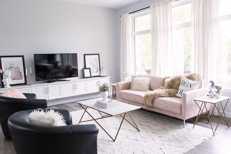 какого цвета диван