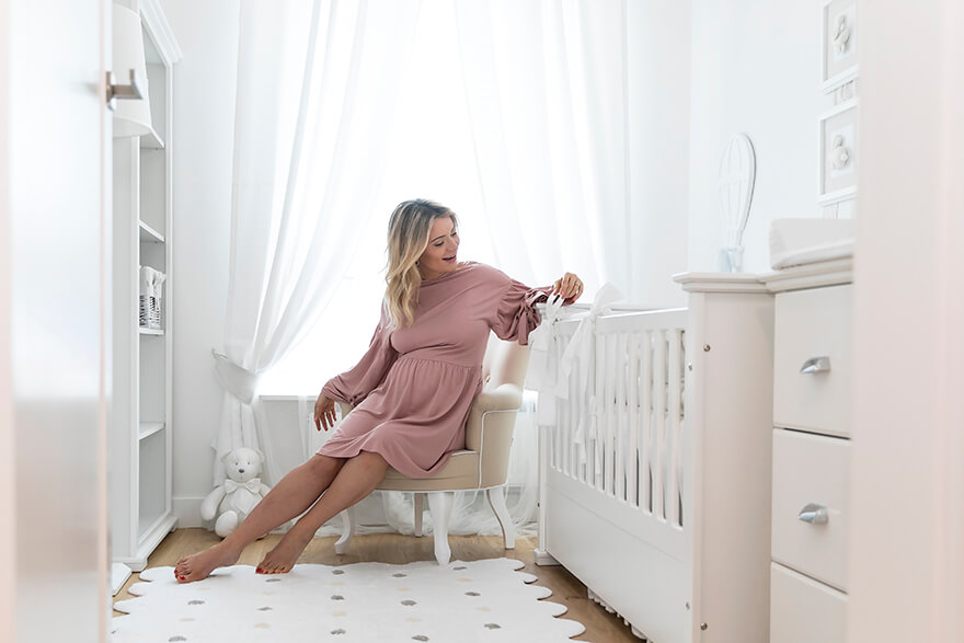 как украсить комнату для новорожденного