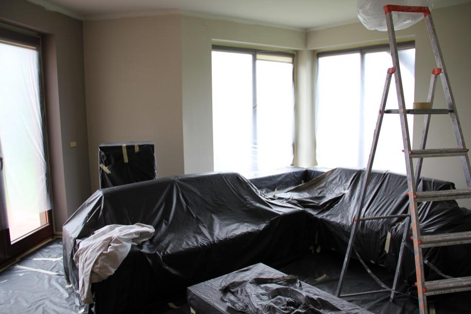 какой краской покрасить комнату
