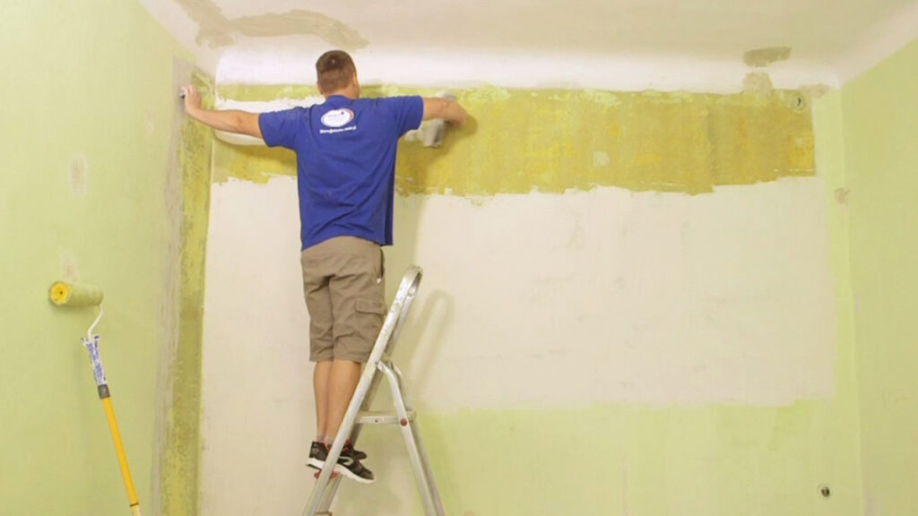 какой краской лучше красить стены