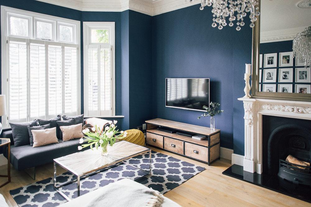 синий интерьер гостиная фото