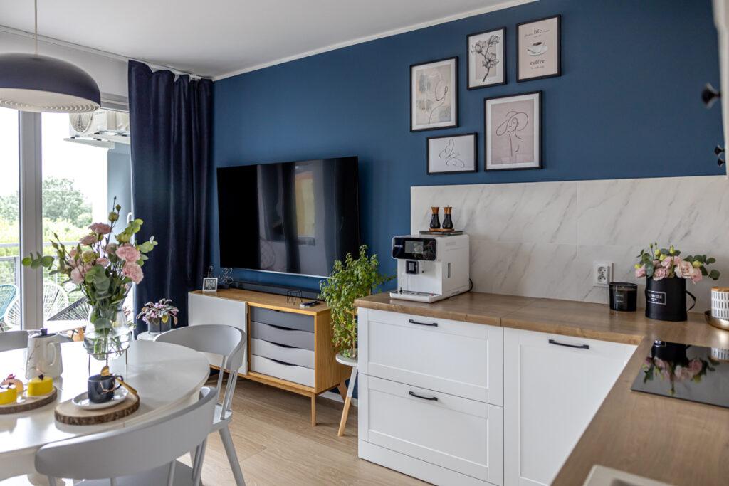 синяя гостиная в современном стиле