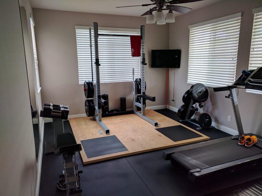 оборудовать тренажерный зал дома