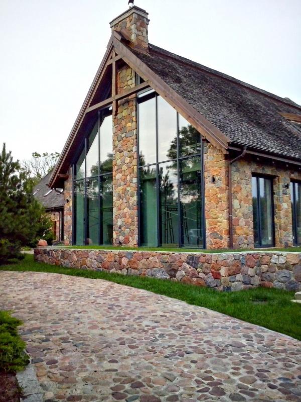 каменно деревянный дом