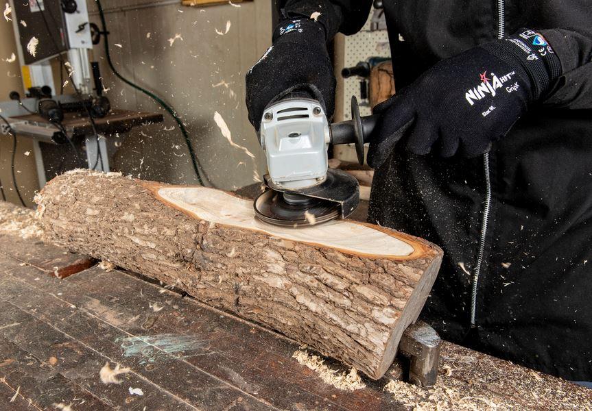чем шлифовать дерево