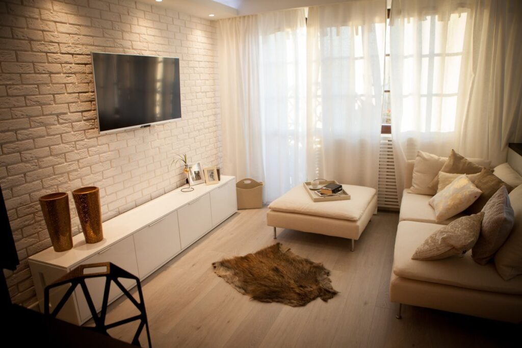 фото белой кирпичной стены