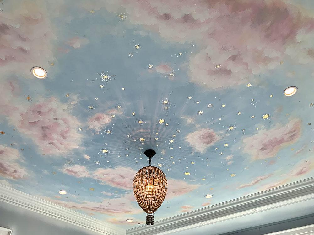 потолок гостиный зал