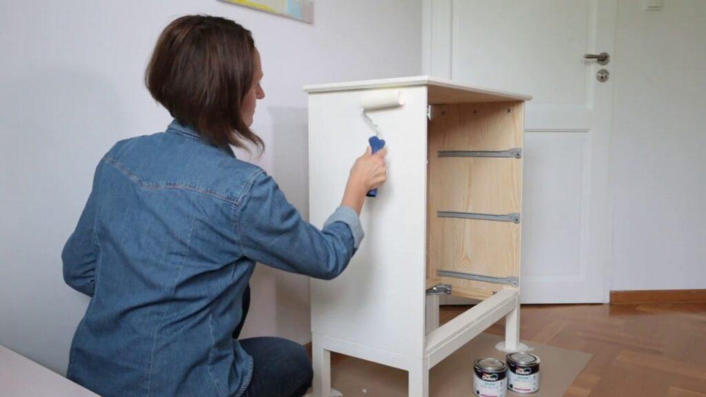 Как покрасить старую полированную мебель