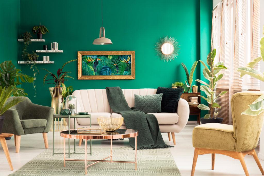 зеленые стены в гостиной